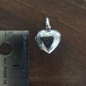 Jewelry - Vintage heart real sterling silver locket